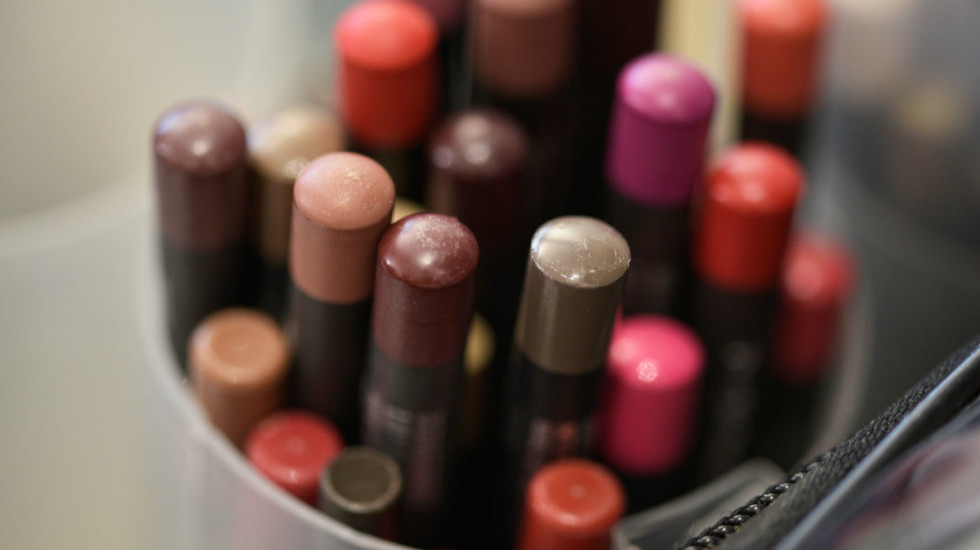 Beauty makes Lombardy more attractive. More than 50% of cosmetic  businesses are located in the region